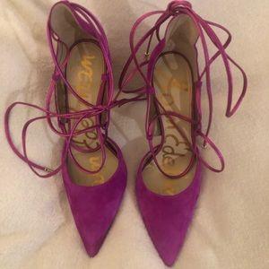 Fuchsia lace up heels